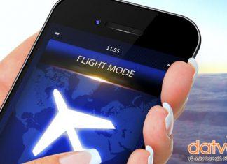 """Chuyển điện thoại sang """"chế độ máy bay"""""""