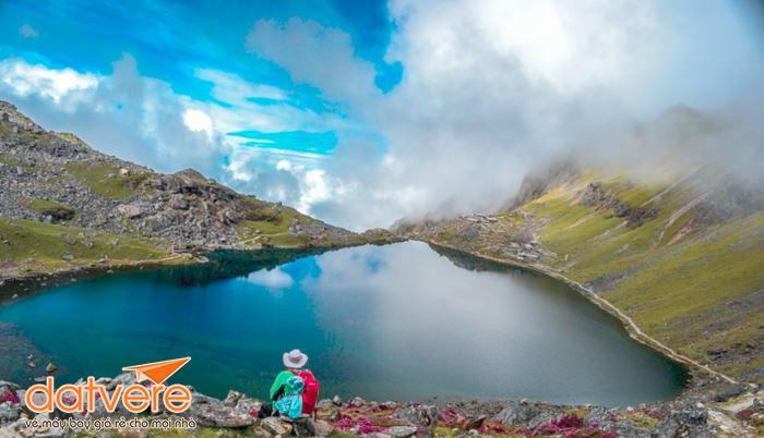 Vẻ đẹp ở hồ nước đẹp nhất Nepal