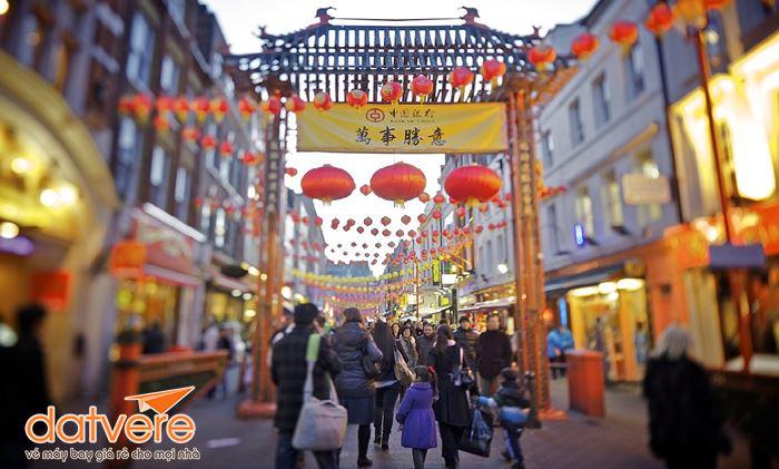 Đến phố China Town tham quan mua sắm ngày Tết