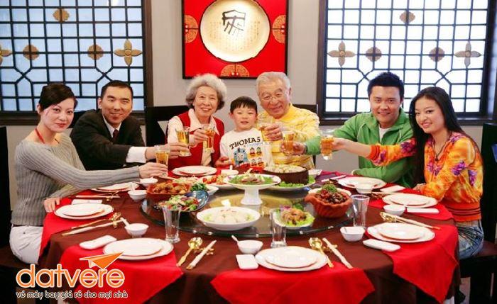 Mâm cơm truyền thống ngày Tết ở Trung Quốc