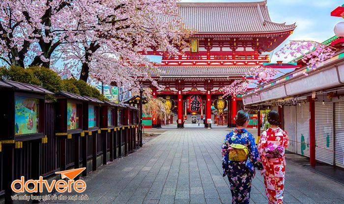 Những cô gái Nhật trong trang phục Kimono truyền thống ngày Tết