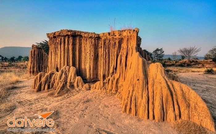 Bãi đá Lalu