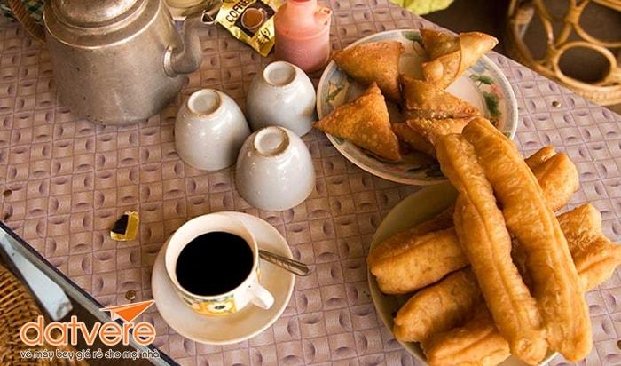 E-Kya-Kway cho bữa sáng ỏ Yagon