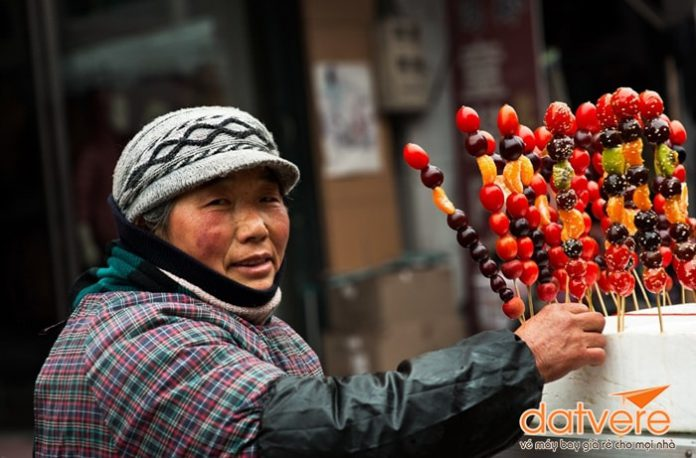 Ẩm thực đường phố Phượng Hoàng cổ trấn