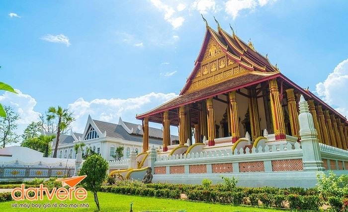 Trải nghiệm du lịch nước bạn Lào